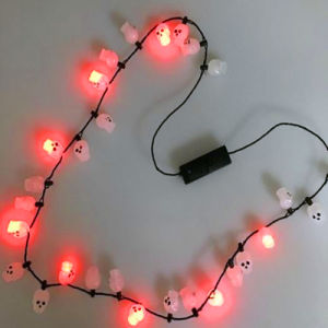LED Light up Flashing Skull Beads Necklaces pictures & photos