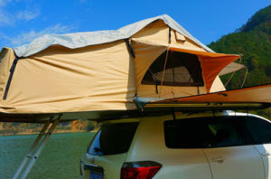 Customized Outdoor Camping Roof Top Tent for Sale pictures & photos