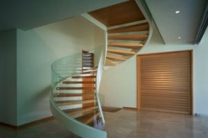 Glass Railing Wood Curved Stairs for Villa pictures & photos