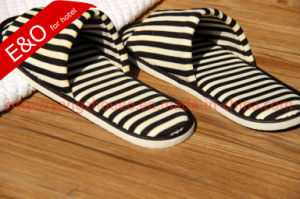 Stripes Color Simple Style Cotton Fabric Indoor Room Slippers in Market pictures & photos