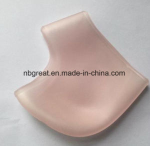 Moisturizing Silicone Gel Heel Socks Cracked Foot Skin Care Protector pictures & photos