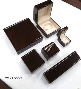New Luxury Design Wooden Jewelry Packing Series Jewelry Gift Box pictures & photos