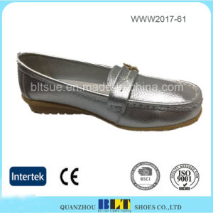 Wholesale Casual Rubber Outsole China Women Flat Shoe pictures & photos