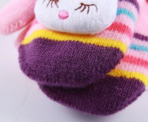 2017 Adorable Warm Kids Gloves pictures & photos