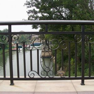 Garden Fence Iron Crafts Steel Palisade Wrought Iron Art Design pictures & photos