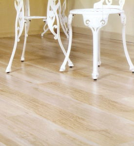High Quality Moisture Proof Spc Plank Lvt Flooring pictures & photos