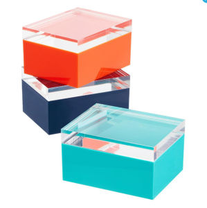 Custom Color Acrylic Jewelry Display Case with Thickened Lid pictures & photos