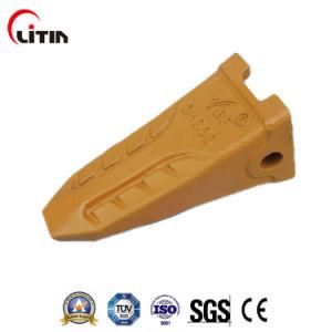 Bucket Teeth Adapters for Doosan Dh360 pictures & photos