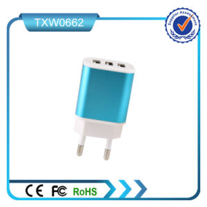 5V 2.1A 3 USB Fast Wall Charger pictures & photos