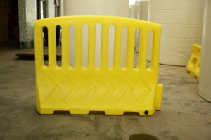 PE Rotational Moulding Traffic Barrier (KE-1804) pictures & photos