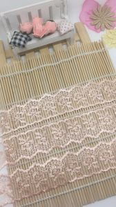 Factory Stock Wholesale 4cm Width Embroidery Organza Lace Net Mesh Lace for Garments/ Home Textiles/ Dress & Socks Decoration Trimming Lace Accessories pictures & photos