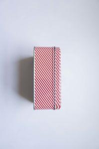 Design Customized Square Metal Gift Box Decorative Cake Tin Boxes Wholesale pictures & photos