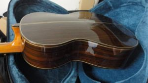 Lattice Sound Bracing Round Back Handmade Classical Guitar for Sale pictures & photos