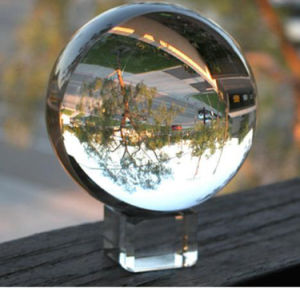 Top Grade Clear Crystal Ball with Stand Various Size Color pictures & photos