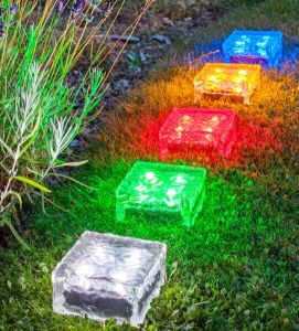 New Outdoor LED Solar Ice Rock Crystal Glass Landscape Path Lights