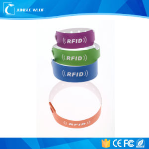 One Time Used RFID Bracelets for Hospital and Child Tracking pictures & photos