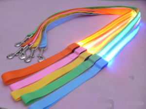 Super Lighted Flashing LED Dog Leash pictures & photos