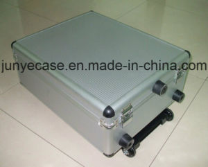 Aluminum Flight Case with Wheels pictures & photos