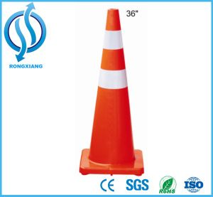 90cm High New Zealand PVC Traffic Cone pictures & photos