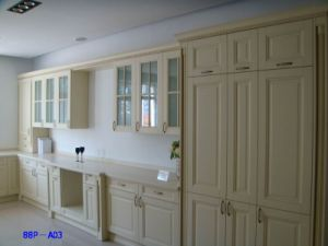 Natural Maple Solid Wood Shaker Kitchen Cabinet Doors pictures & photos