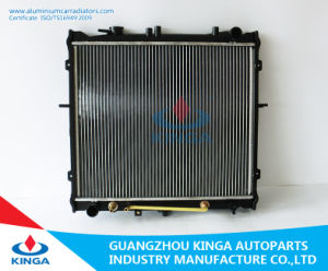 High Performance Auto Cooling Aluminum Racing Radiator OEM: Ok022-15-200A for Hyundai KIA Sportage′99- pictures & photos