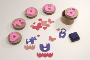 Food Grade Children Custom Rubber Silicone Wooden Cookie Stamp pictures & photos