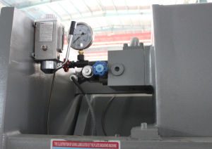 Hydraulic Swing Beam Shearing Machine (QC12Y/QC12K) pictures & photos