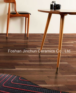 Fiberboard Aggrandizement Laminate Flooring Tile pictures & photos