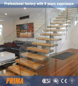 House Straight Stair/New Style Straight Stairs/Indoor Wooden Tread Glass Railing Staircase pictures & photos
