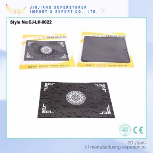 Classical Silicone Anti-Slip Car Pad, Elegant Decorative Pattern Mat pictures & photos