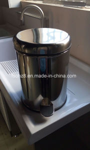 Ohz Sanitary Stainless Dustbin Petal Waste/Garbage Bin (YMT-O8L) pictures & photos