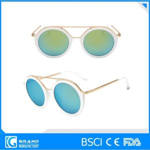 Cheap Italy Design Fashion Style Sunglasses pictures & photos