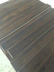 Dyeing Black Oak Engineered Wood Flooring pictures & photos