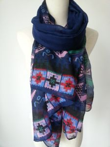 Colored Polyester Scarf for Girls Fashion Accessories Women Shawls pictures & photos