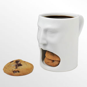 Expression Creative Cute Cartoon Ceramic Cup of Milk Coffee Cup Mug with Lid pictures & photos