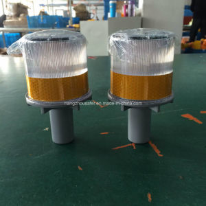 Warning Light/Solar LED Light with High Intensity Reflective Tape (S-1325) pictures & photos