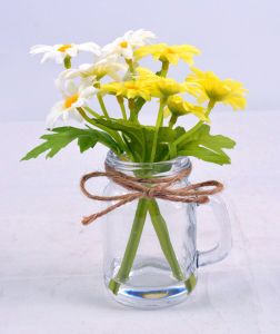 Colorful Artificial Mini Daisy Flower in Glass with Faux Water pictures & photos
