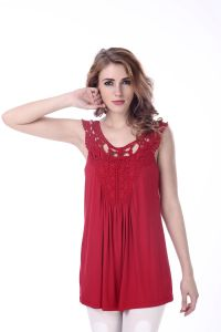 O Neck Hollow out Women′s Red Tank Top with Sweet Lace pictures & photos