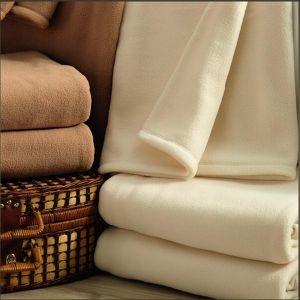 Super Soft Polyester Polar Fleece Blanket pictures & photos