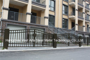 Haohan High-Quality Exterior Security Decorative Wrought Iron Fence Gate 4 pictures & photos