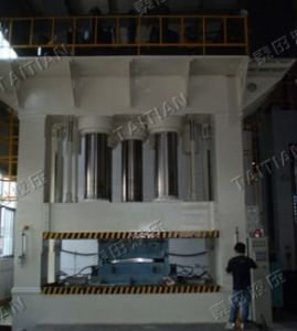 2000tons Hydraulic Moulding Press (TT-LM2000T) pictures & photos