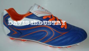 Factory Offered New Design Soccer Boots Football Turf Sports Shoes with High Quality and Good Price pictures & photos