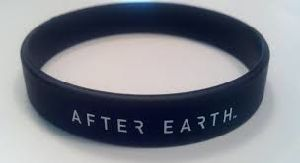 Customized Silicone Wristband with Logo Debossed or Printed pictures & photos