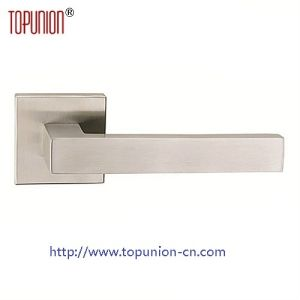 Ss304 Solid Casting Door Lever Handle (CLH020) pictures & photos