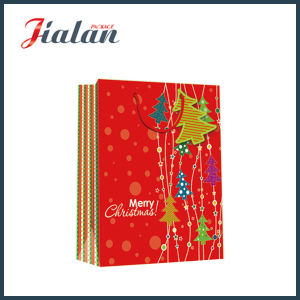 Printing UV Luxury Christmas Design Gift Paper Bag with Tag pictures & photos