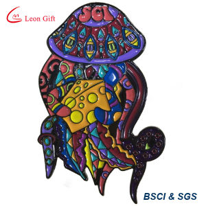 Wholesale Fashion Glow in The Dark Halloween Lapel Pin pictures & photos