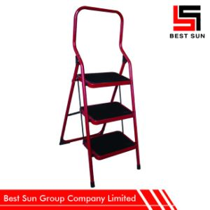 Wholesale Red 3 Steel Step Ladder pictures & photos