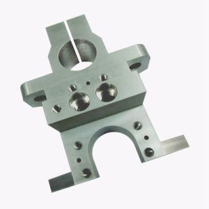 Stainless Steel 304 CNC Lathe Turning Parts with Galvanization pictures & photos