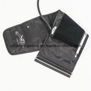 Palm Type Sphygmomanometer pictures & photos
