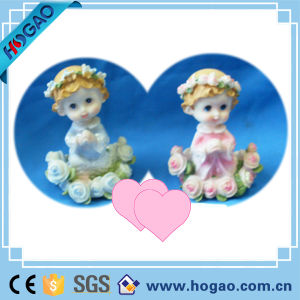 Polyresin Children Statue So Lovely for Decoration pictures & photos